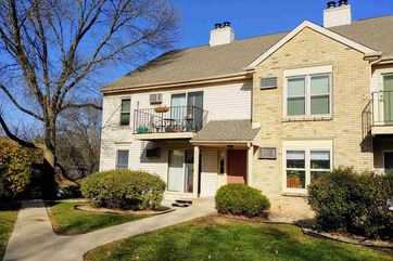 6774 Park Ridge Dr C Madison, WI 53719 - Image 1