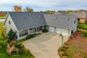 9701 Hill Creek Dr Madison, WI 53593 - Image 1