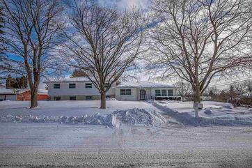 3358 Swinburne Dr Blooming Grove, WI 53558 - Image 1