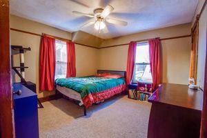 IDX_20718 Madison St Photo 20