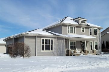 611 Pleasant Valley Pky Waunakee, WI 53597 - Image 1