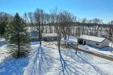 5432 Pine Rd Berry, WI 53515 - Image 1