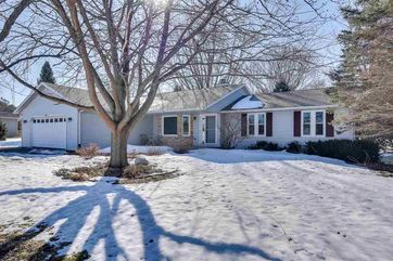 2959 Pebble Valley Ct Bristol, WI 53590 - Image 1