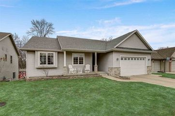 316 Skyland Way Deerfield, WI 53531 - Image 1