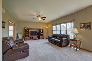 2117 Hoel Circle Stoughton - MLS-36.jpg2117 Hoel Cir Photo 10