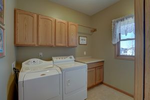 2117 Hoel Circle Stoughton - MLS-54.jpg2117 Hoel Cir Photo 18