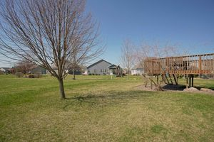 2117 Hoel Circle Stoughton - MLS-18.jpg2117 Hoel Cir Photo 34