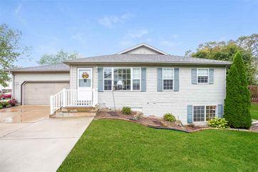 979 New Hampton Dr Oregon, WI 53575 - Image