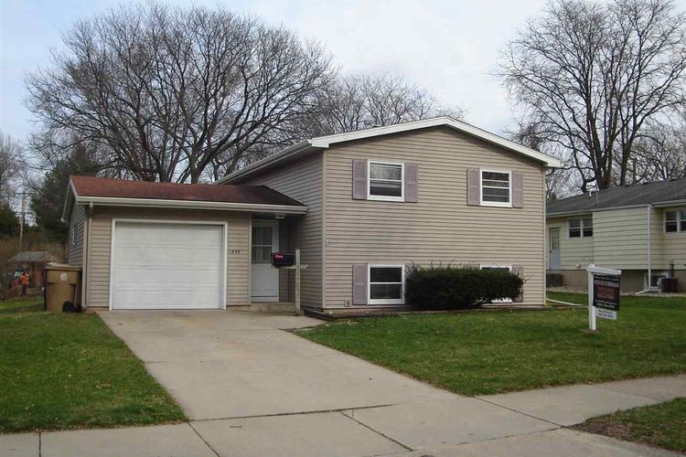 1409 Woodvale Dr Photo