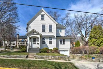 1840 Chadbourne Ave Madison, WI 53726 - Image 1