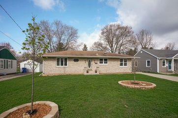 4903 SHORE ACRES RD Monona, WI 53716 - Image