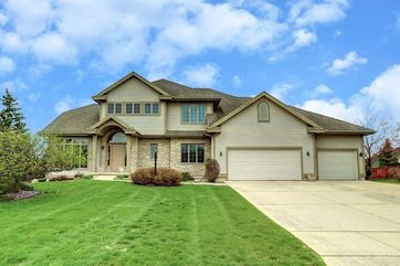 5888 Persimmon Dr Fitchburg, WI 53711 - Image 1
