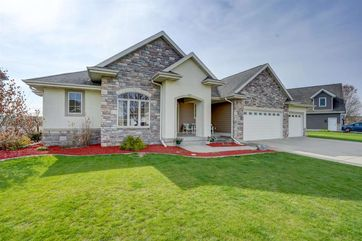 804 Stoney Hill Ln Cottage Grove, WI 53527 - Image 1