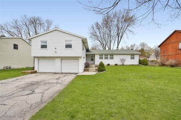 2106 Frisch Rd Madison, WI 53711 - Image