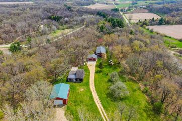 10012 BLUE VALLEY RD Blue Mounds, WI 53572 - Image 1