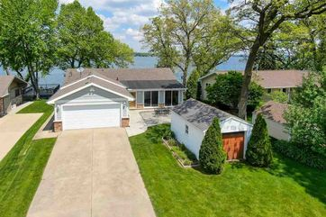 2220 Colladay Point Dr Dunn, WI 53589 - Image 1