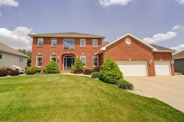 725 Mourning Dove Dr Cottage Grove, WI 53527 - Image 1