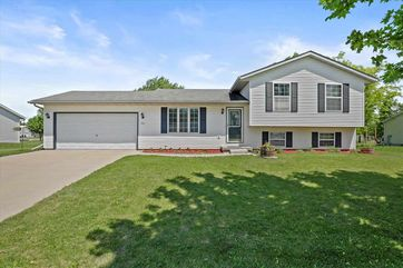 546 Meadowview Ln Marshall, WI 53559 - Image 1