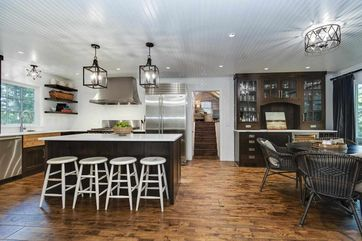 810 Farwell Dr Maple Bluff, WI 53704 - Image 1