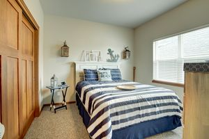 947 South Street Deforest - Large-8.jpg947 South St Photo 21