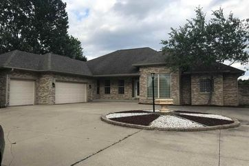 1805 Red Tail Dr Madison, WI 53593 - Image 1