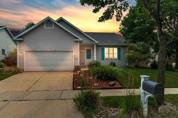 6934 Mill Bluff Dr Madison, WI 53718 - Image 1