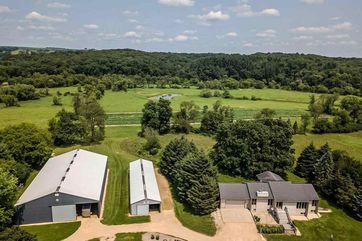 10900 Berg Rd Perry, WI 53572 - Image 1
