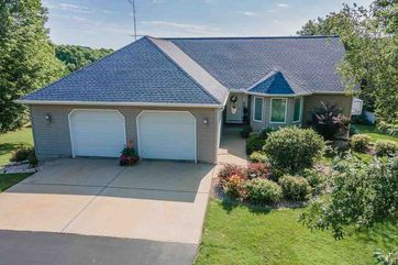 S3614 Pine Knoll Dr Fairfield, WI 53913 - Image 1