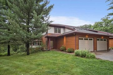 3865-8 Greenway Crossing Dell Prairie, WI 53965 - Image 1
