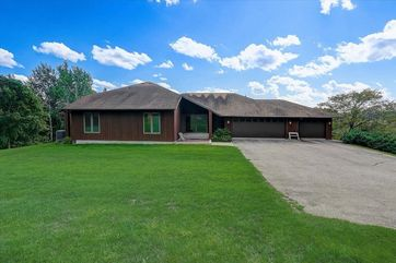 3880 Moe Rd Vermont, WI 53572 - Image 1