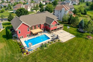 704 Stoney Hill Ln Cottage Grove, WI 53527 - Image 1