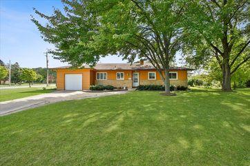 5701 Bartlett Ln Madison, WI 53711 - Image 1