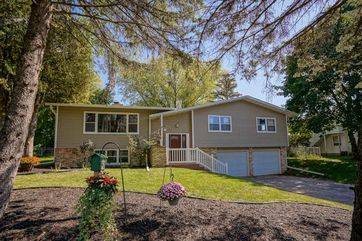 618 N Main St Cottage Grove, WI 53527 - Image