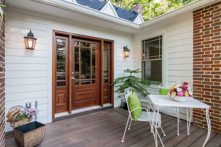 Porch Photo #35