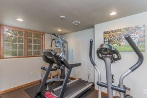 Exercise Room6399 Irving Dr Photo 59