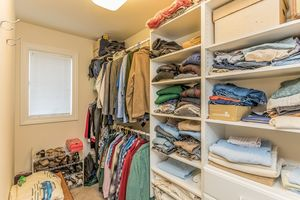 Walk In Closet2801 SUNFLOWER DR Photo 31