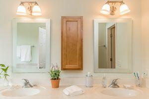 Master Bathroom2801 SUNFLOWER DR Photo 33