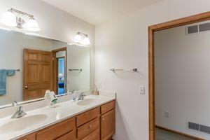 Bathroom2801 SUNFLOWER DR Photo 46