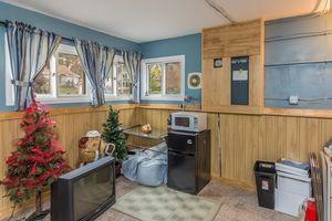 Mud Room5108 Winnequah Rd Photo 24