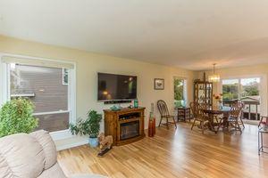 Living Room5108 Winnequah Rd Photo 4