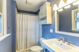 Bathroom5516 Winnequah Rd Photo 18