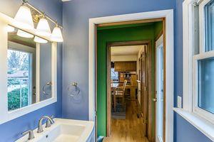 Bathroom5516 Winnequah Rd Photo 37