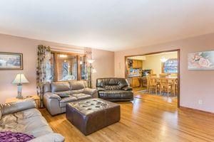 Living Room5516 Winnequah Rd Photo 4