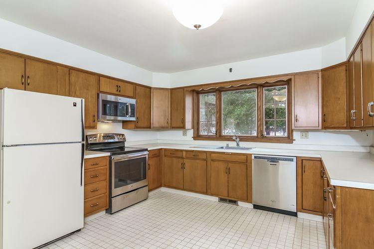 Kitchen Photo #12