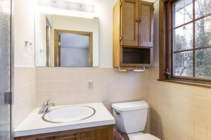 Master Bathroom1128 UNIVERSITY BAY DR Photo 18
