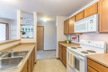 1634 KINGS MILL WAY #208 Madison, WI 53718 - Image 1