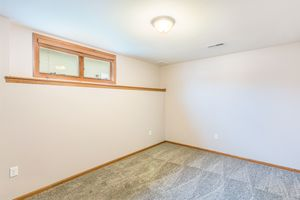 Office874 SUMAC ST Photo 38