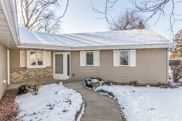 104 Oxford Ln Cambridge, WI 53523 - Image 1